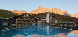 Dolomiti Wellness Hotel FANES